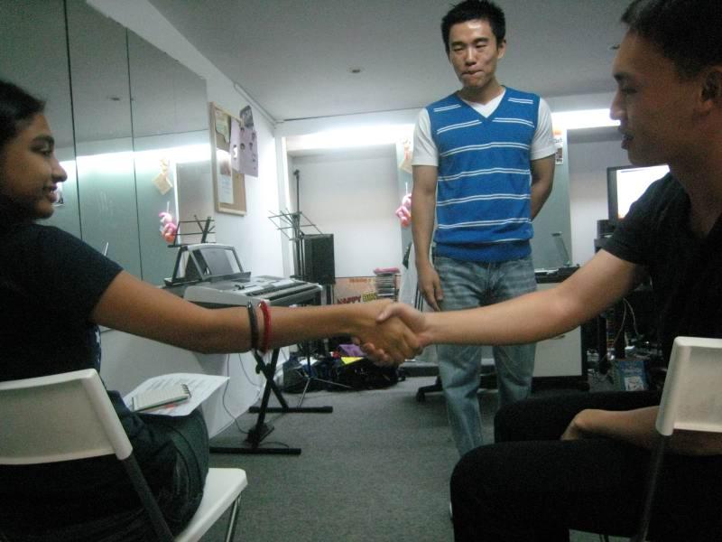 shaking_hands_handshake_img