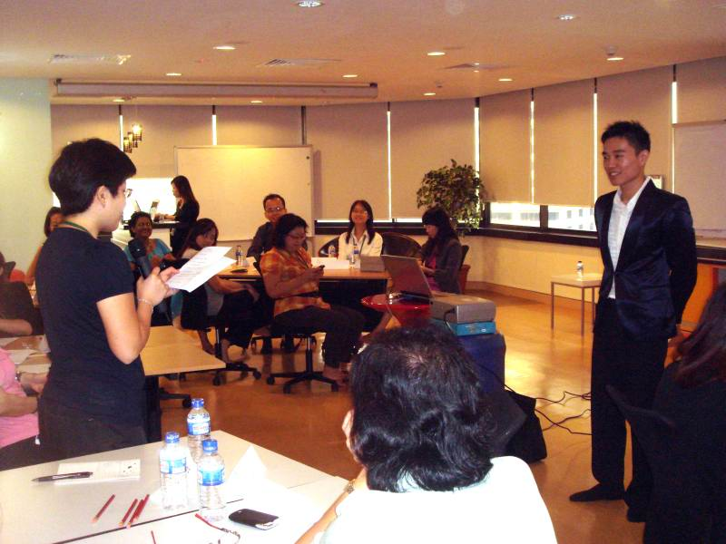 cpf_grooming_workshop_participant_sharing_img