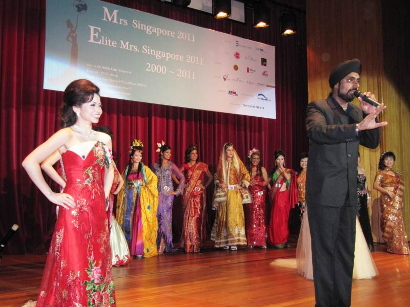 mrs_sg_beauty_pageant_2011_img.